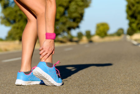female runner dislocated ankle